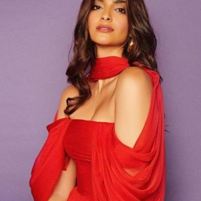 Indian actress Sonam Kapoor looking royal in a red Georges