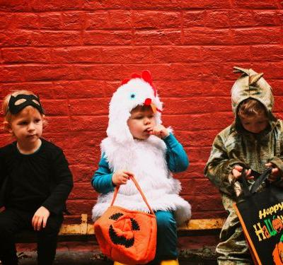 Here's how much sugar the average kid consumes on Halloween -and it's way more than you'd think