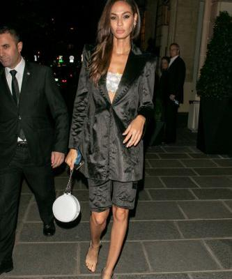 Is Joan Smalls Wearing Invisible Heels in These Paris Fashion Week Photos?