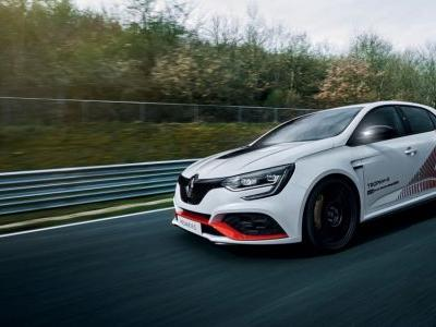 The Renault Megane RS Trophy-R Just Monstered The FWD 'Ring Record