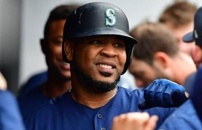 Yankees trade for AL home run leader Edwin Encarnacion
