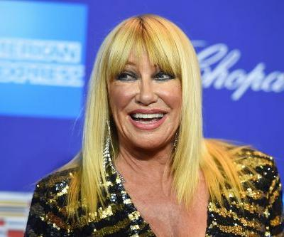 Suzanne Somers did not 'regrow' missing breast: surgeon
