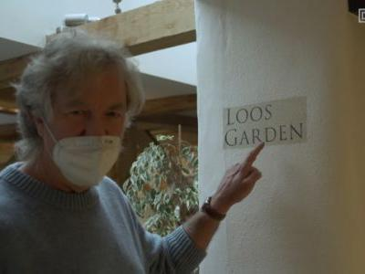 James May Bought Half A Pub And Needs You To Name The Bathrooms