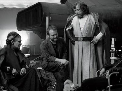 Rian Johnson's Last Jedi Behind the Scenes Images Are Becoming a Book