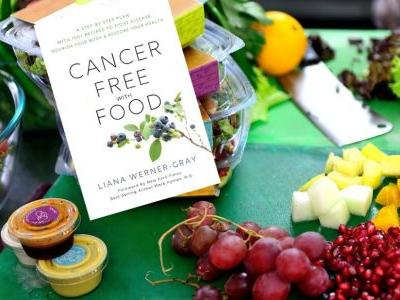 Groundbreaking New Book Shows How to Fight Cancer With Food