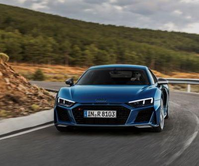 Audi Reveals More Powerful and Sharper Looking R8 Facelift