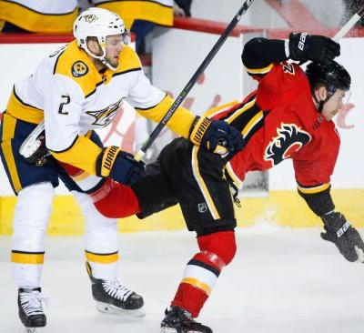 Kylington gets 1st NHL goal, Flames beat Predators 5-2