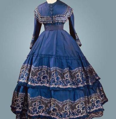 Fashionsfromhistory: Dress c.1864 State Hermitage Museum