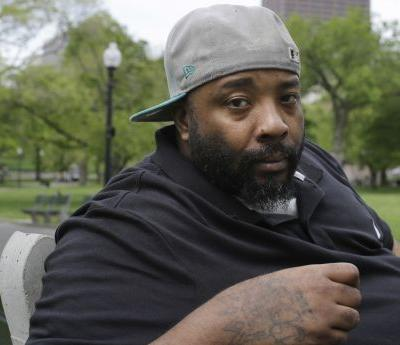 Suit: Homeless man jailed after trying to eat at Burger King