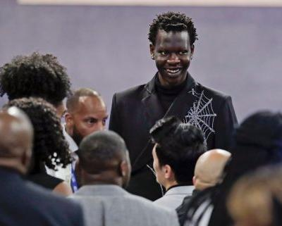 Nuggets pick up Bol Bol in 2nd round trade with Heat