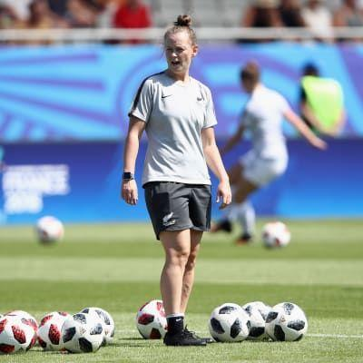 New U-20 coach Lewis continues to climb with New Zealand