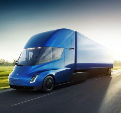 Tesla is letting some of its customers drive the all-electric Semi - here's what one thinks of it