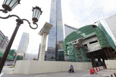 Macau gambling revenue up for 4th month, new resorts attract visitors
