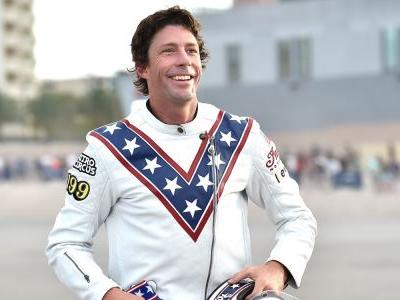 Travis Pastrana completes 3 record-breaking jumps in Las Vegas homage to Evel Knievel