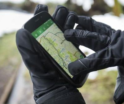 Land Rover Explore Smartphone Lands In Europe
