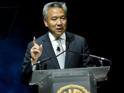 Warner Bros. CEO Kevin Tsujihara is stepping down following a report alleging he had a sexual relationship with an actress and promised to help her get roles