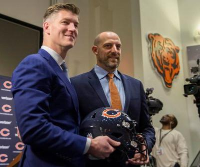 Bears keeping staff after playoff disaster, bizarre press conference