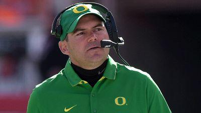 Oregon fires Mark Helfrich following 4-8 season