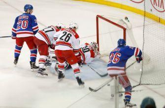 Nash, Vesey rally Rangers to 3-2 win over Hurricanes