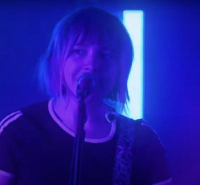 Watch Beach Bunny's Fun, Fuzzed-Out Kimmel Performance