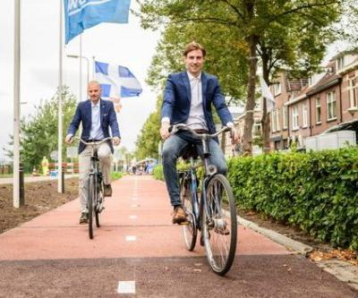 The Netherlands Unveils the World's First Recycled Plastic Bike Lane
