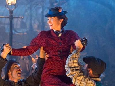 Mary Poppins Returns Photo: Emily Blunt Dances Through London