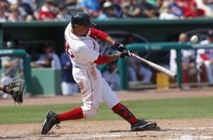 Boston's Mookie Betts says he expects to become free agent