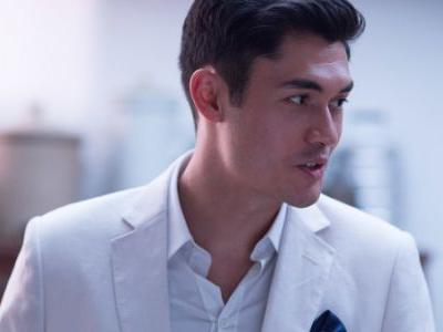 'Crazy Rich Asians': Love, Loyalty And Lots Of Money