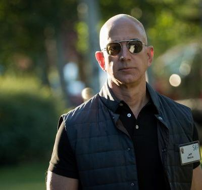 More than 100 Amazon employees, including senior software engineers, signed a letter asking Jeff Bezos to stop selling facial recognition software to police