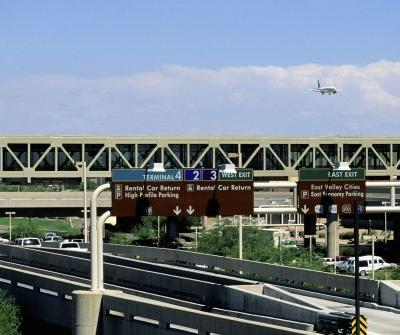 'Idiotic mistake': Man who caused airport bomb scare likely to get $56 traffic ticket