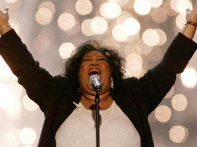 'Queen of Soul' Aretha Franklin, 76, dies at home in Detroit