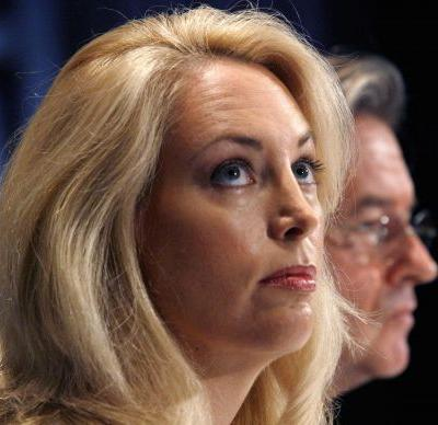 Former CIA officer Valerie Plame Wilson apologizes for tweeting a story blaming Jews for US wars in the Middle East