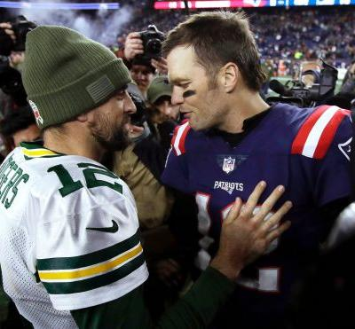 Opinion: Buccaneers-Packers showdown might cast Tom Brady in mismatch vs. red-hot Aaron Rodgers