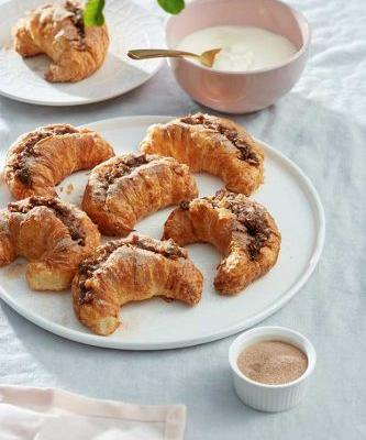 Recipe: Ruth Pretty's Christmas Fruit Mince Croissants