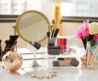 QUICK TIPS TO ORGANIZE YOUR MAKEUP