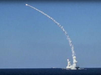 Russian warships lurking off Syria are probably hanging around for cruise missile strikes in a major offensive