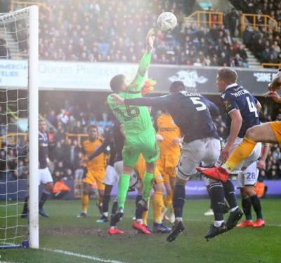 Millwall 2 Brighton and Hove Albion 2 : Seagulls win shoot-out after late comeback