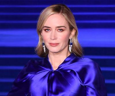 Emily Blunt's dress disappears at 'Mary Poppins Returns' premiere