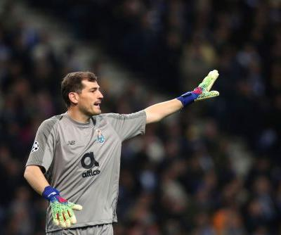 Porto extends contract with Casillas for another season