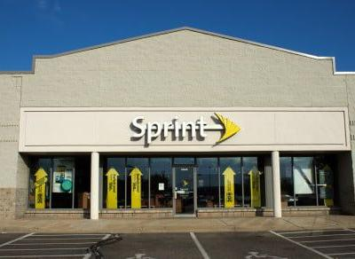 Sprint plans competing version of T-Mobile's unlimited data plan for seniors