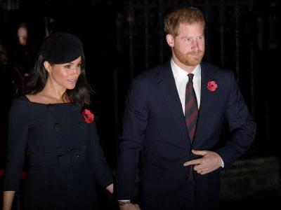 Prince Harry Is Reportedly Meghan Markle's Personal Photographer During Pregnancy And We Approve
