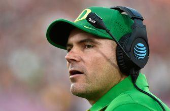 Oregon fires head coach Mark Helfrich after four seasons