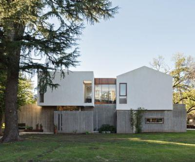 Tradition House / Estudio Geya