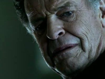 The Crazy Way Legends Of Tomorrow Will Handle John Noble's Live-Action Cameo