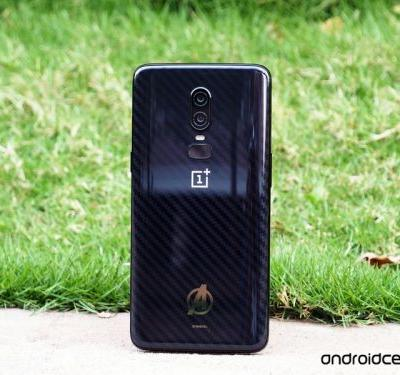 This is the OnePlus 6 Marvel Avengers Edition