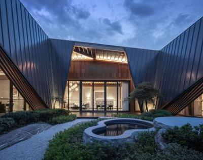 Guoshi Luxury SPA Resort / CHALLENGE DESIGN