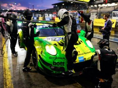 The Nürburgring 24 Hours Will End In A 911 Versus AMG GT3 Deathmatch