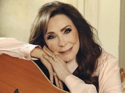 First Listen: Loretta Lynn, 'Wouldn't It Be Great'