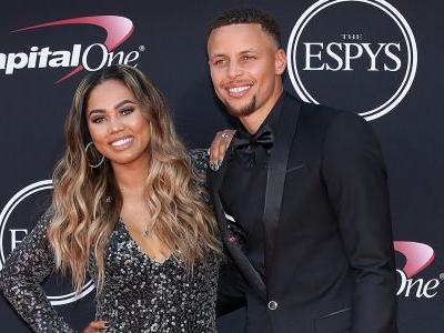 Stephen And Ayesha Curry's 10-Year Challenge Is The Cutest Thing We've Ever Seen