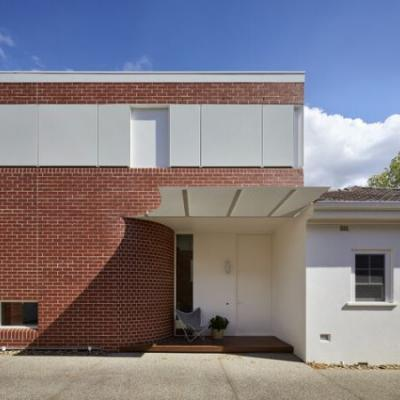 Deco House / Mihaly Slocombe